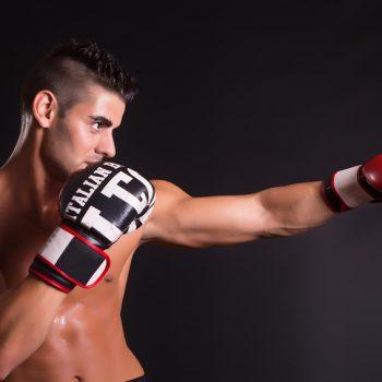 Junger kickboxer