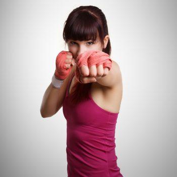 Frauen beim Kickboxtraining bei Kick-Thaiboxing Schaffrath
